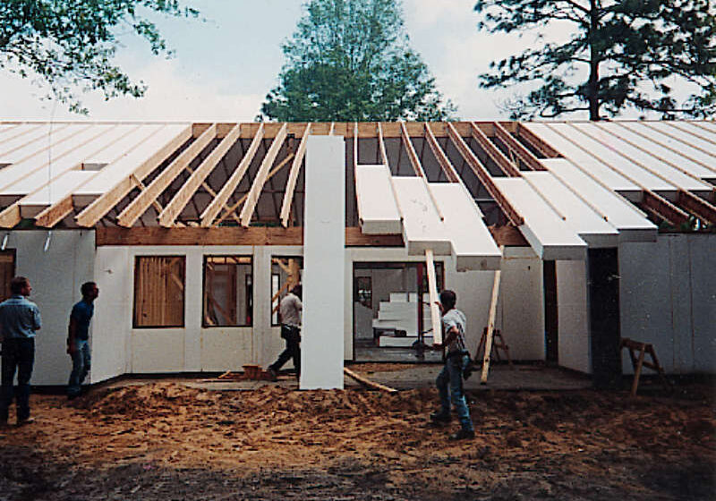 Installing ThermoBuilt Roof-50 Insulation Panels